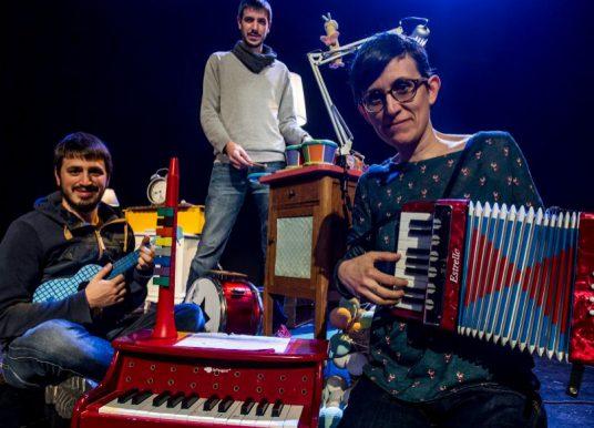 Celebra el Nadal a Hamburg amb música pop feta amb instruments de joguina